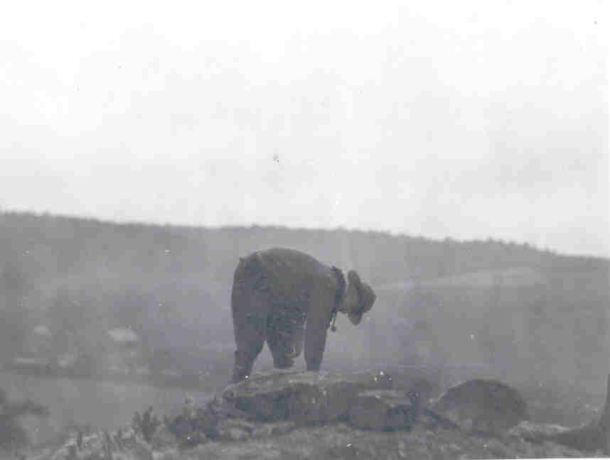 I.W. Delp places the first stone at Pioneer Point in 1925