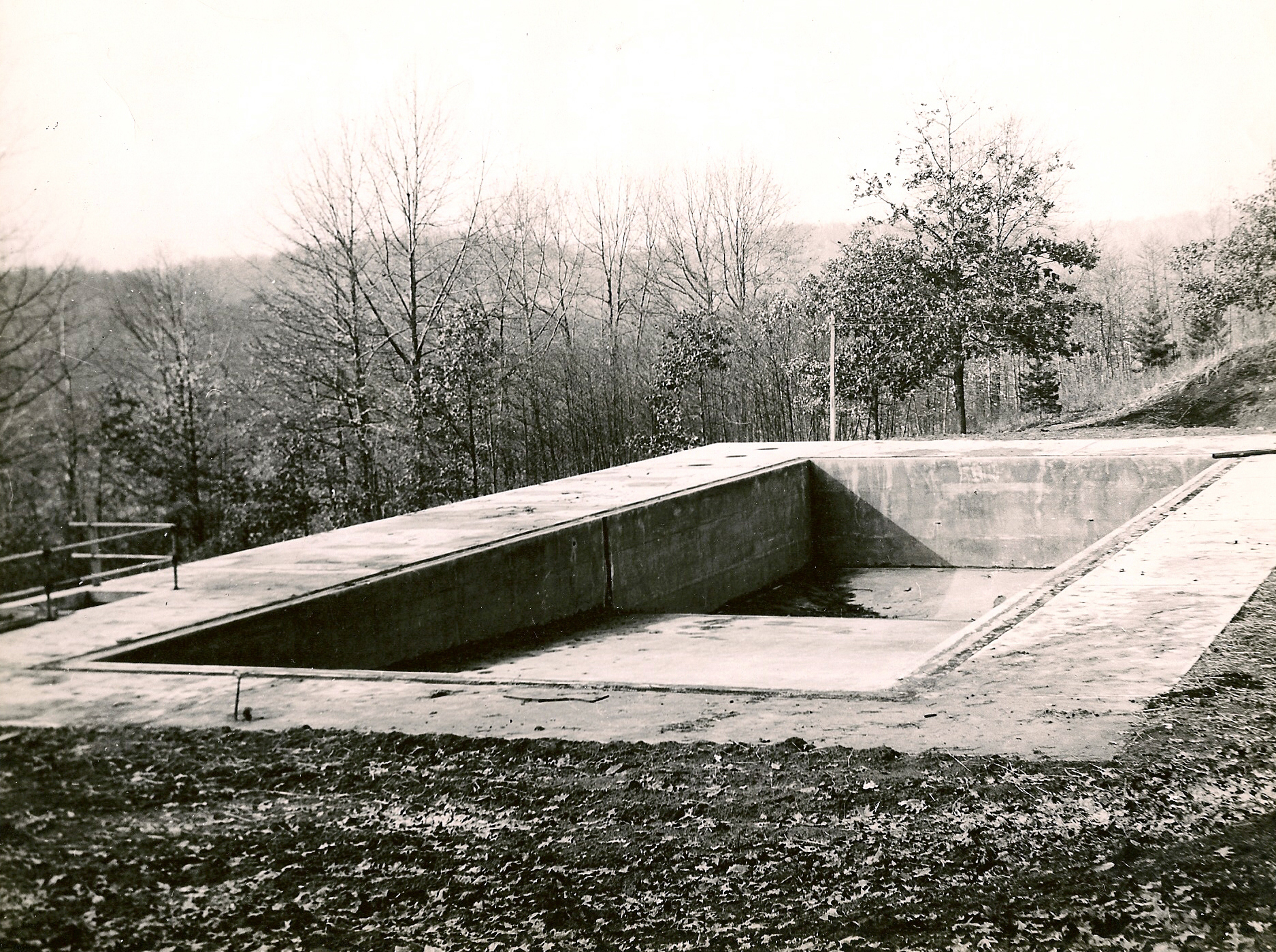 Pool construction in 1947